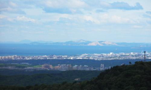 菊水山頂上から